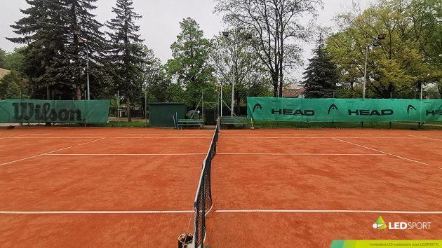 LEDSport Oświetlenie LED korty tenisowe odkryte Jasło